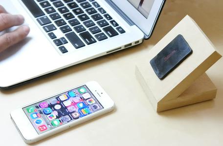 Easy DIY IPhone 6/6 Plus Stand/Dock