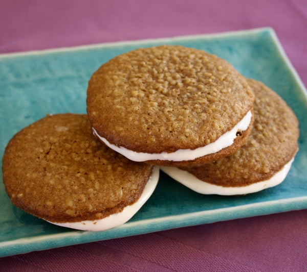 Homemade Oatmeal Creme Pies