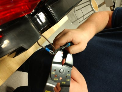 Step 3.1.5: Wiring the Emergency Stop Switch