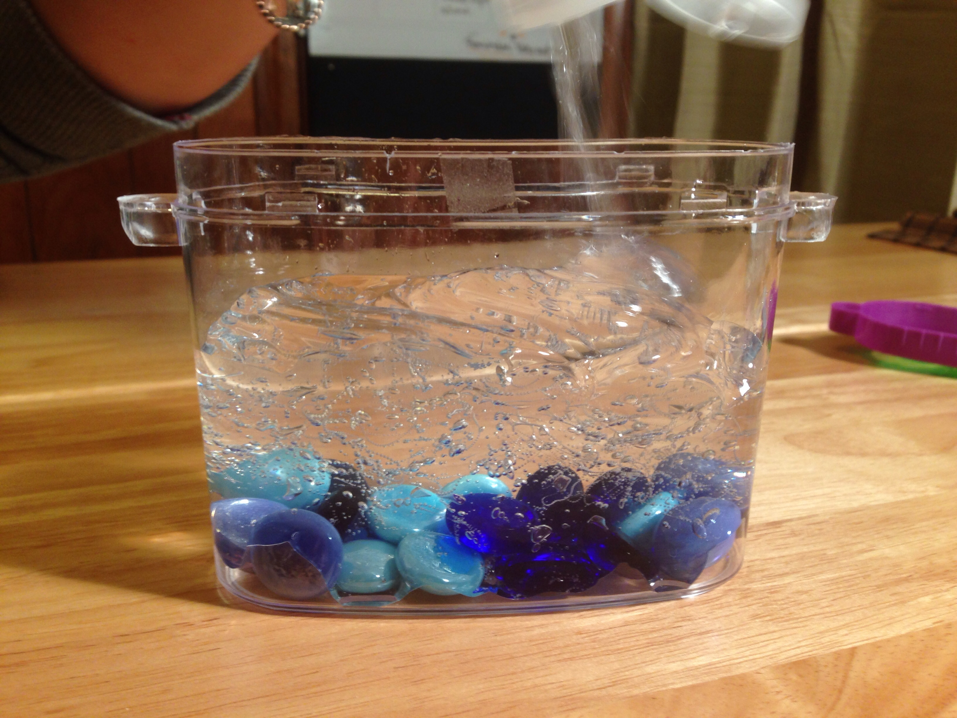 Picture of Prepare Your Container and Add Gel
