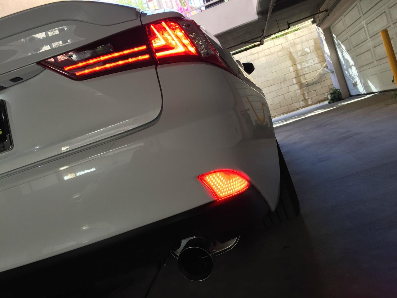 Picture of Install Lexus IS LED Rear Bumper Reflector