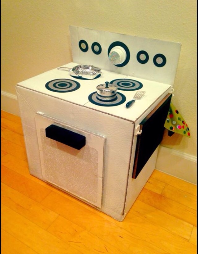 Picture of Turn a Cardboard Box Into a Kid's Stove