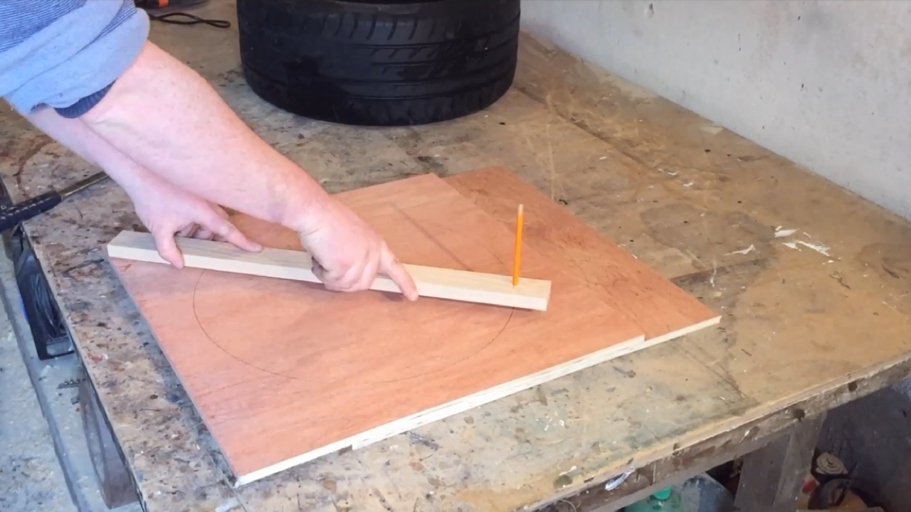 Picture of Frame (Marking and Cutting the Plywood. )