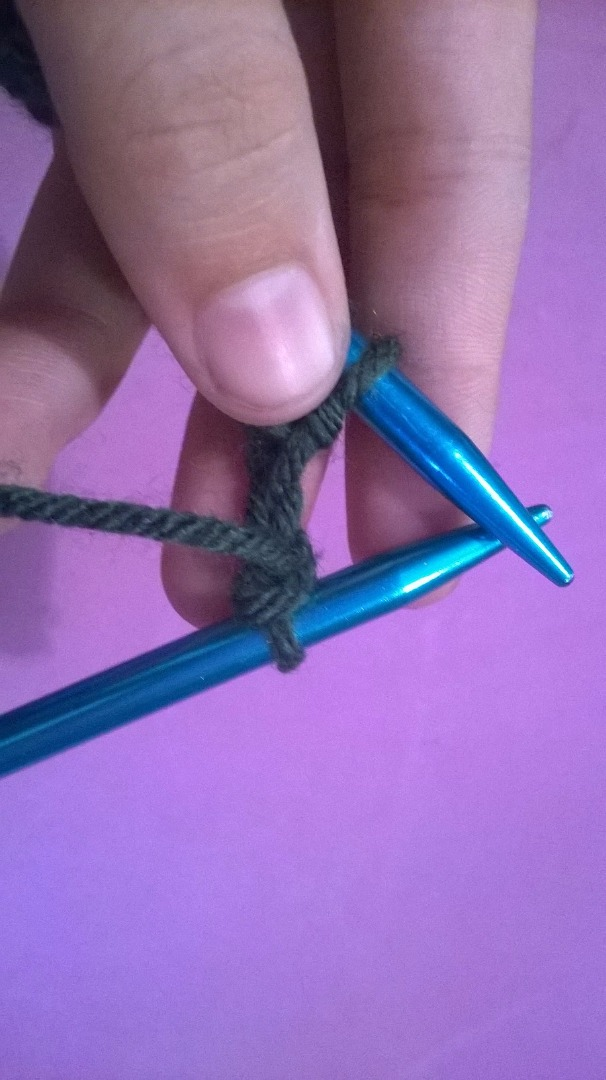 Picture of How to Do the Purl Stitch