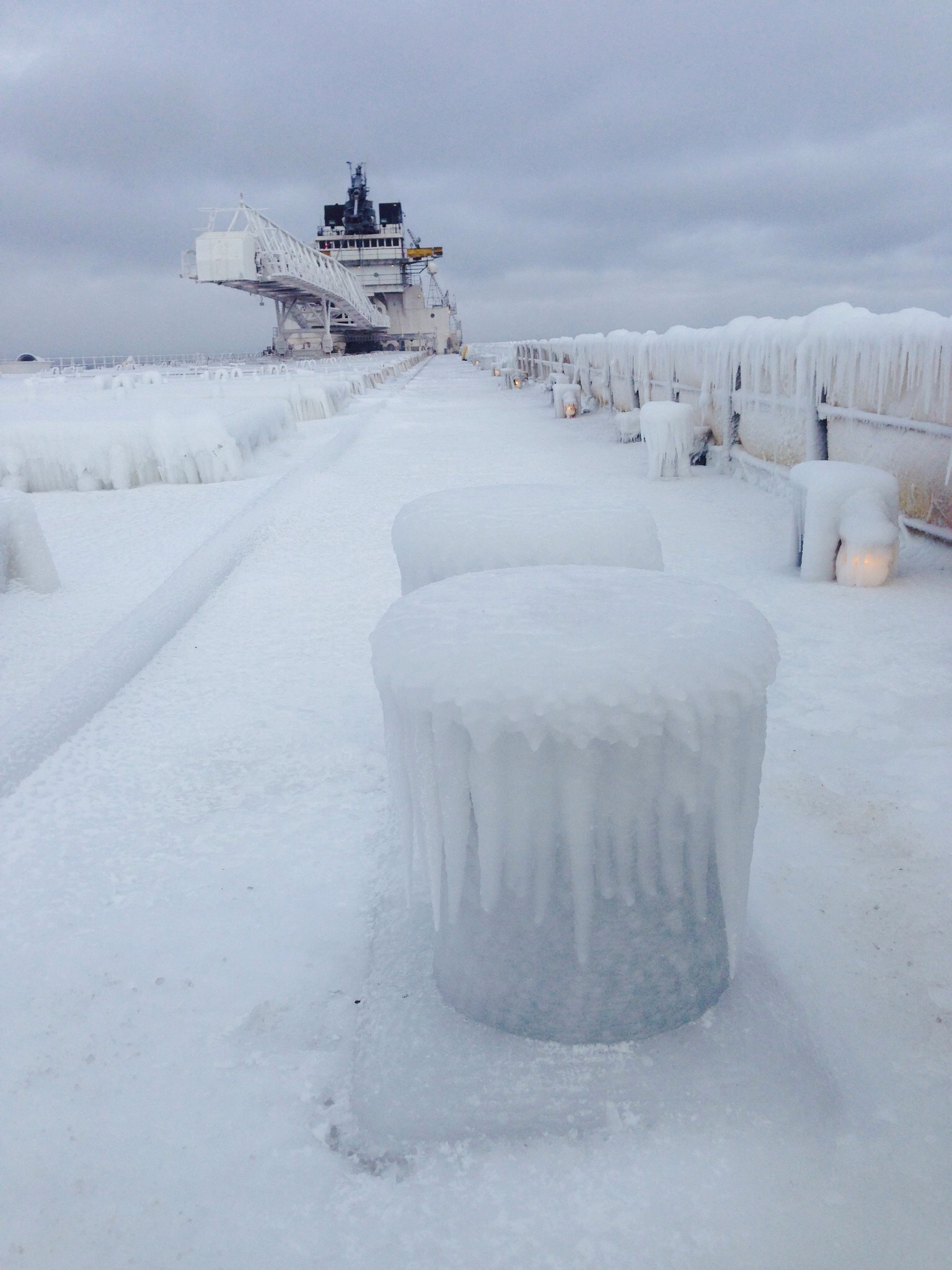 Picture of How to Get a 630' Freighter Out of the Thickest Ice in 40 Years.