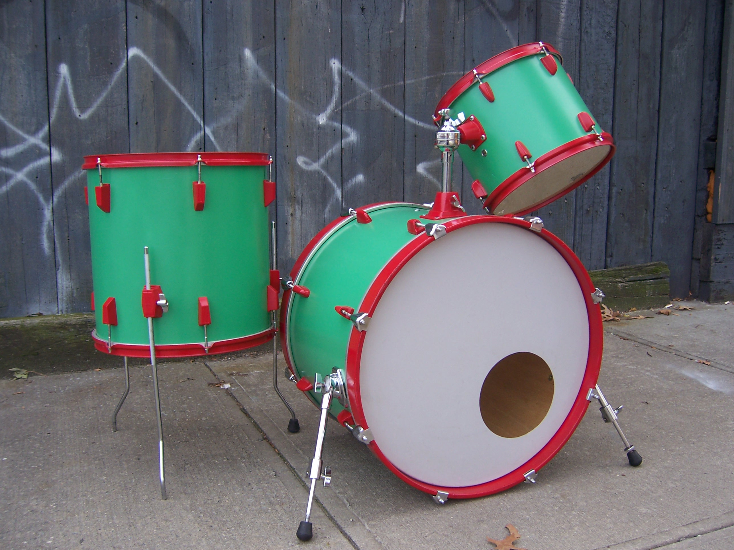 Picture of Paint Your Drum Kit With Rustoleum Brand Spray Paint