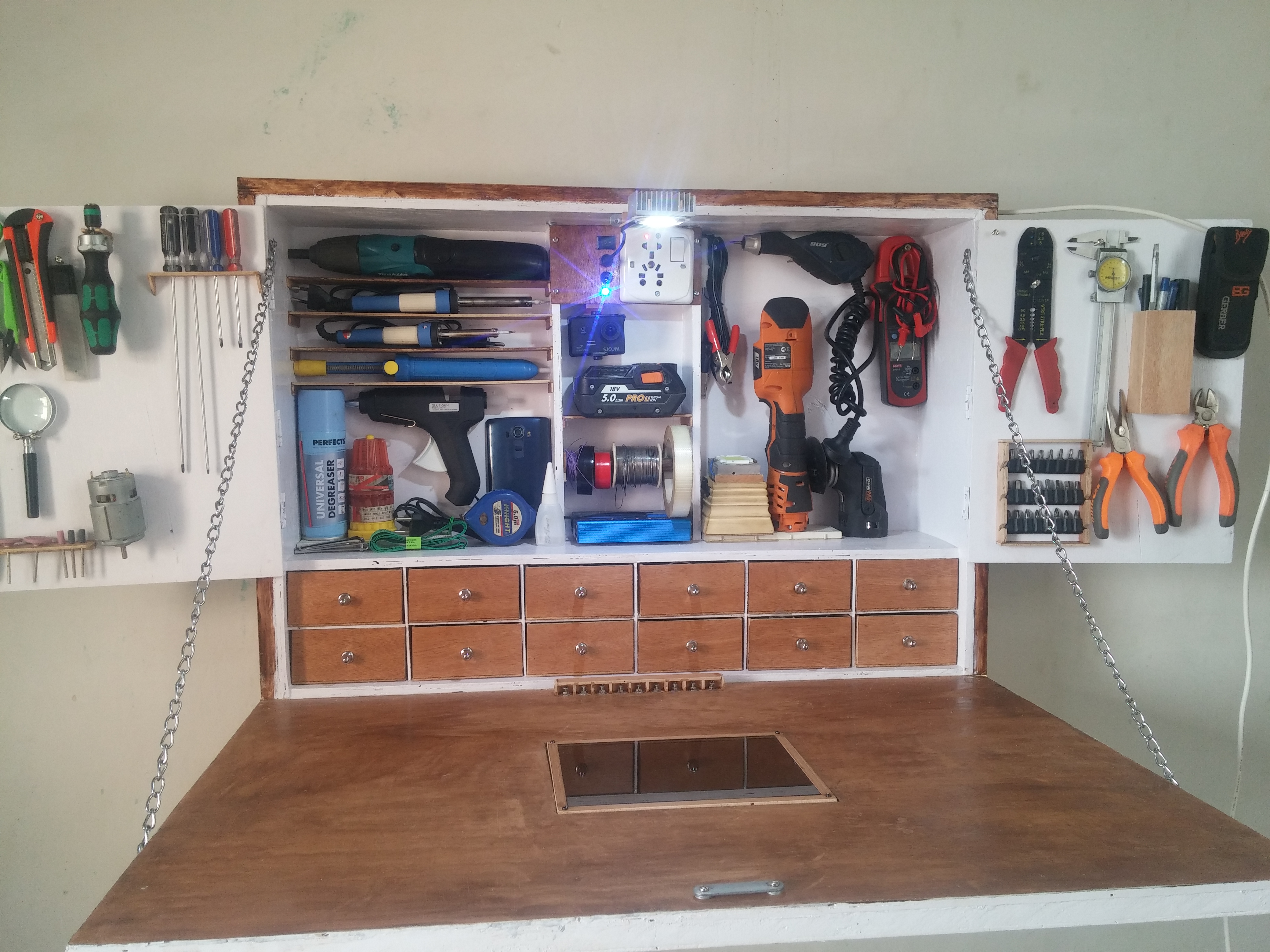 Picture of DIY PORTABLE WORK STATION