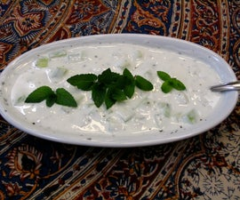 Mast-o-Khiar (Iranian cucumber and mint yougurt)