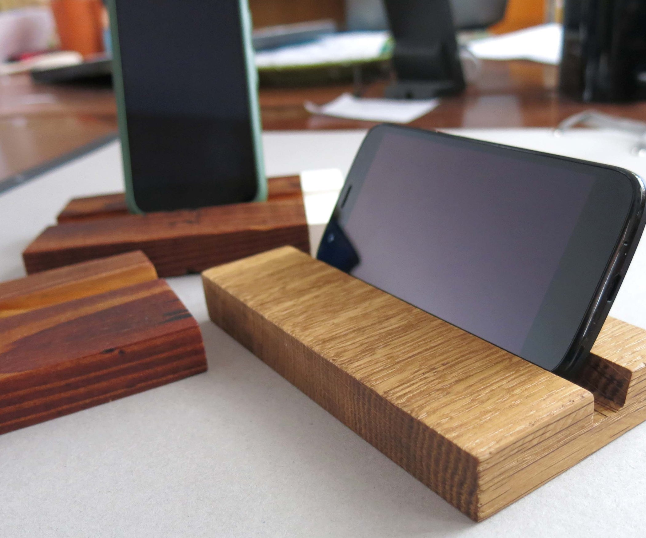 DIY Wooden Phone Stand
