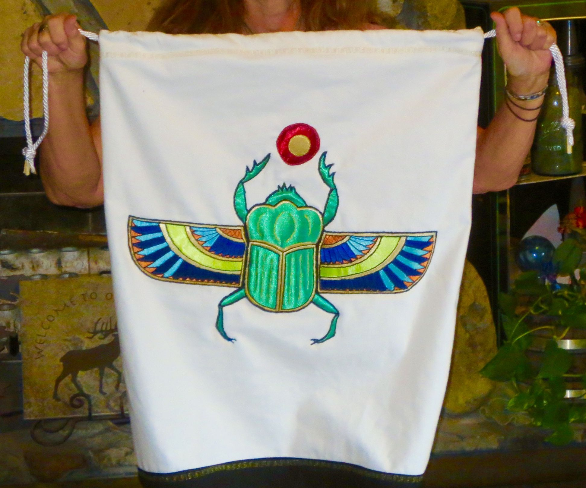 Egyptian scarab applique bag steps with pictures