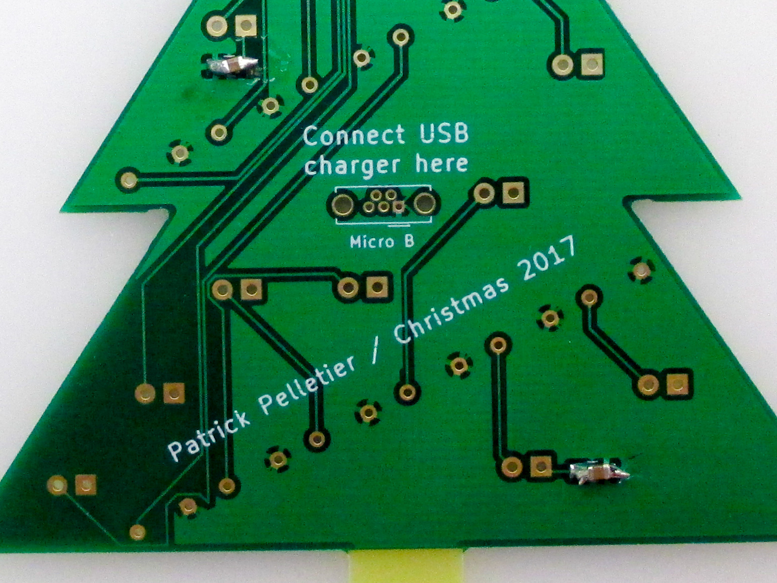 Picture of Solder on the Surface-mount Capacitors