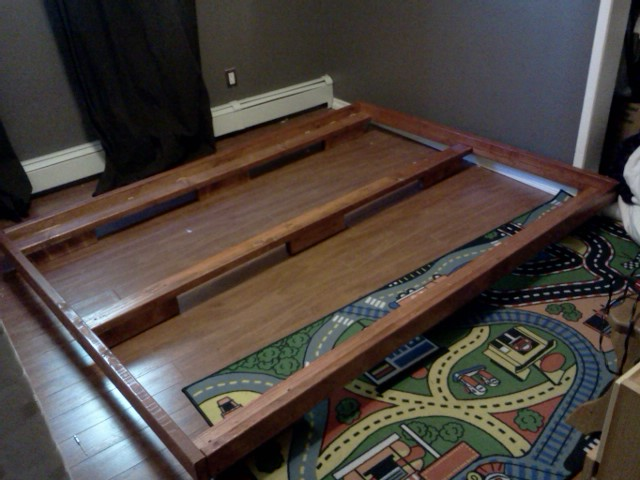 Picture of Simple 2x4 Bedframe