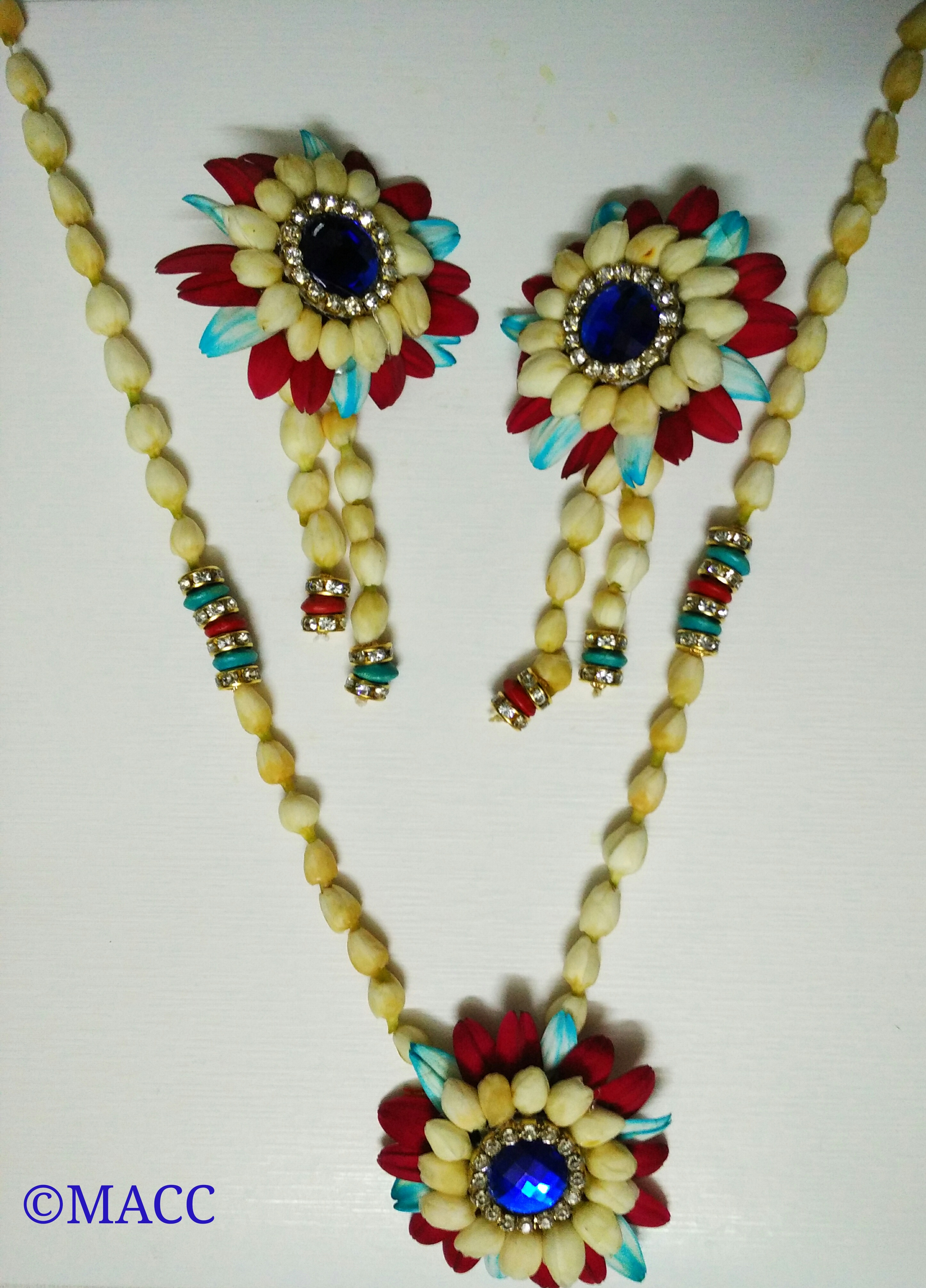 Picture of Fresh Flower Jewellery