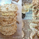 Crumbly Honey Oat Biscuits