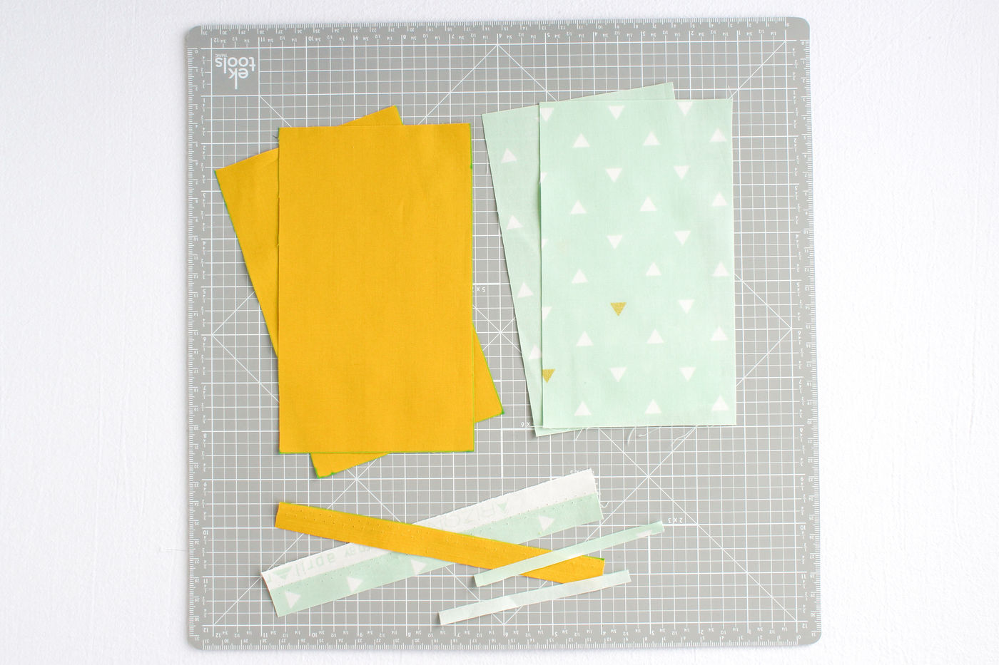 Cutting Out the Pattern Pieces