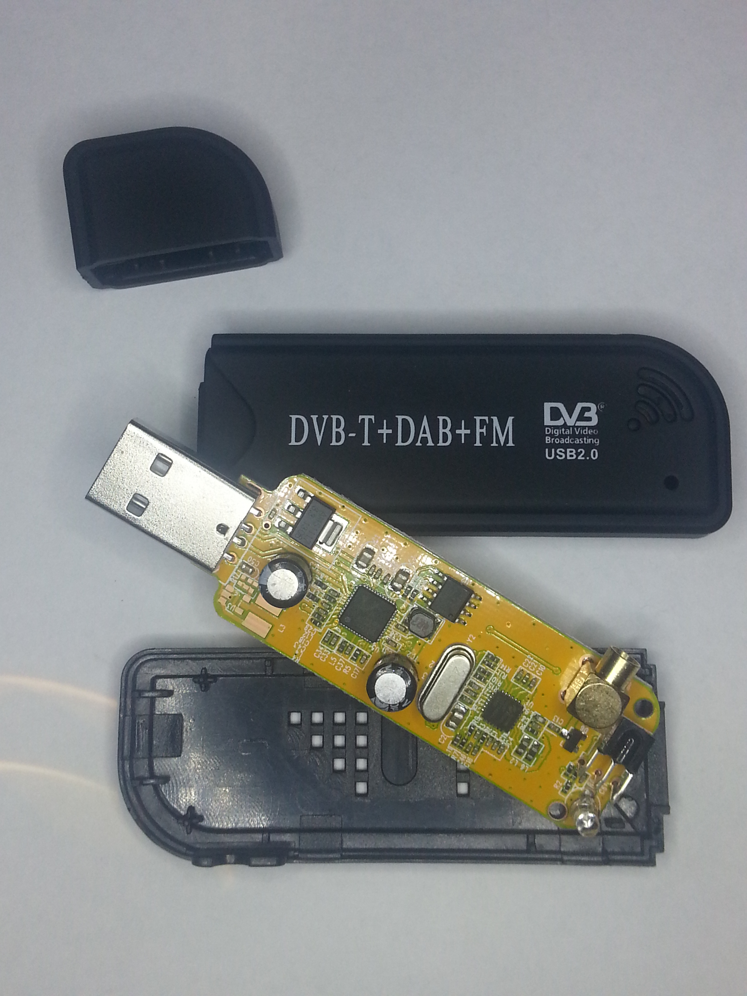 Picture of 24Mhz -1800Mhz SDR Radio Receiver for $15 (Digital,Sideband, AM, FM Etc