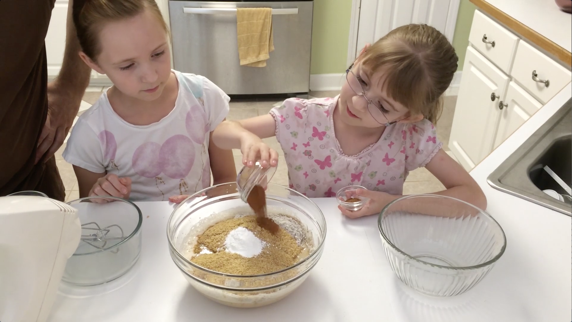 Picture of Add the Dry Ingredients and Mix Together