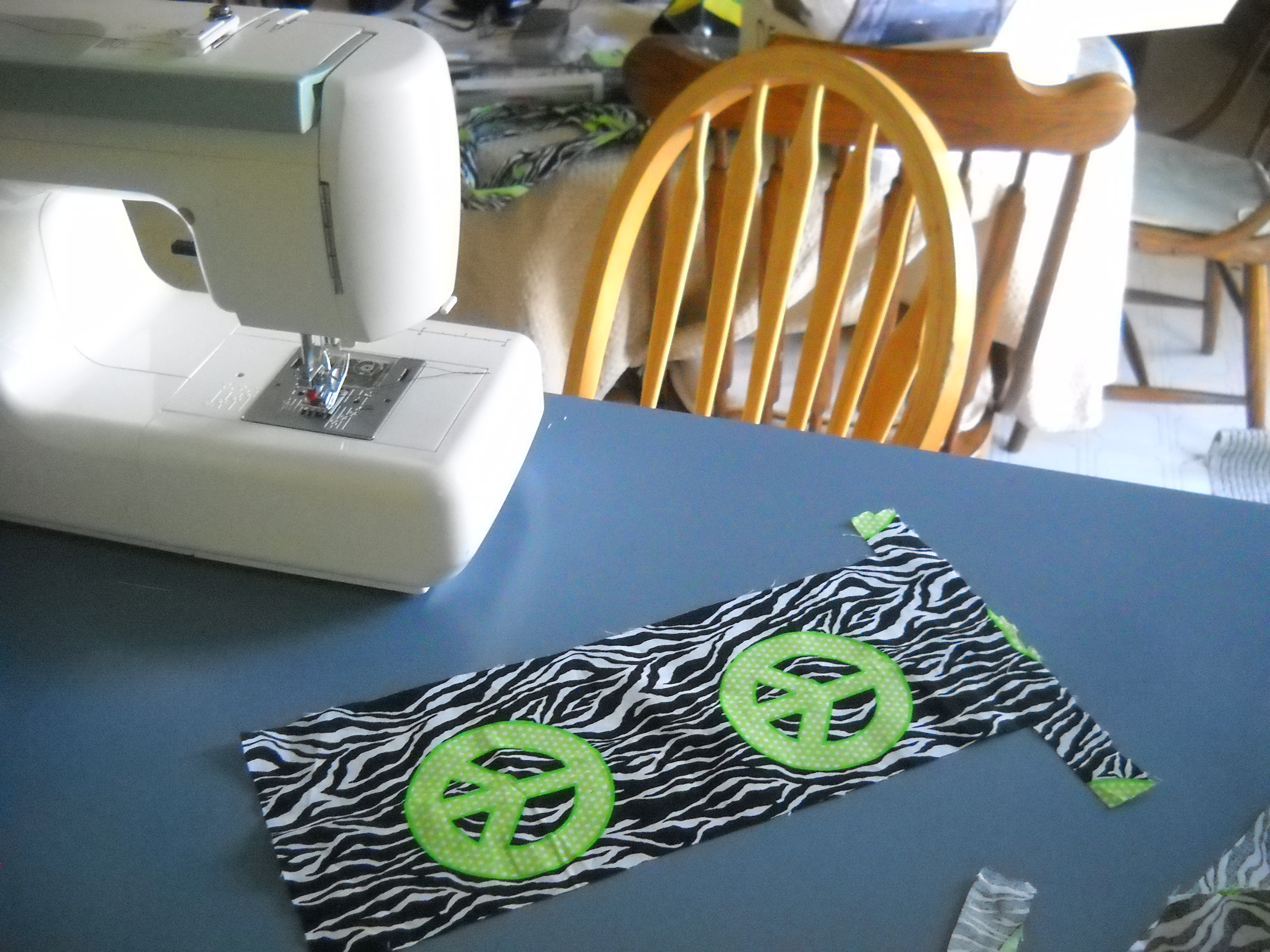 Picture of How to Make a Hot Pad With Scrap Fabric