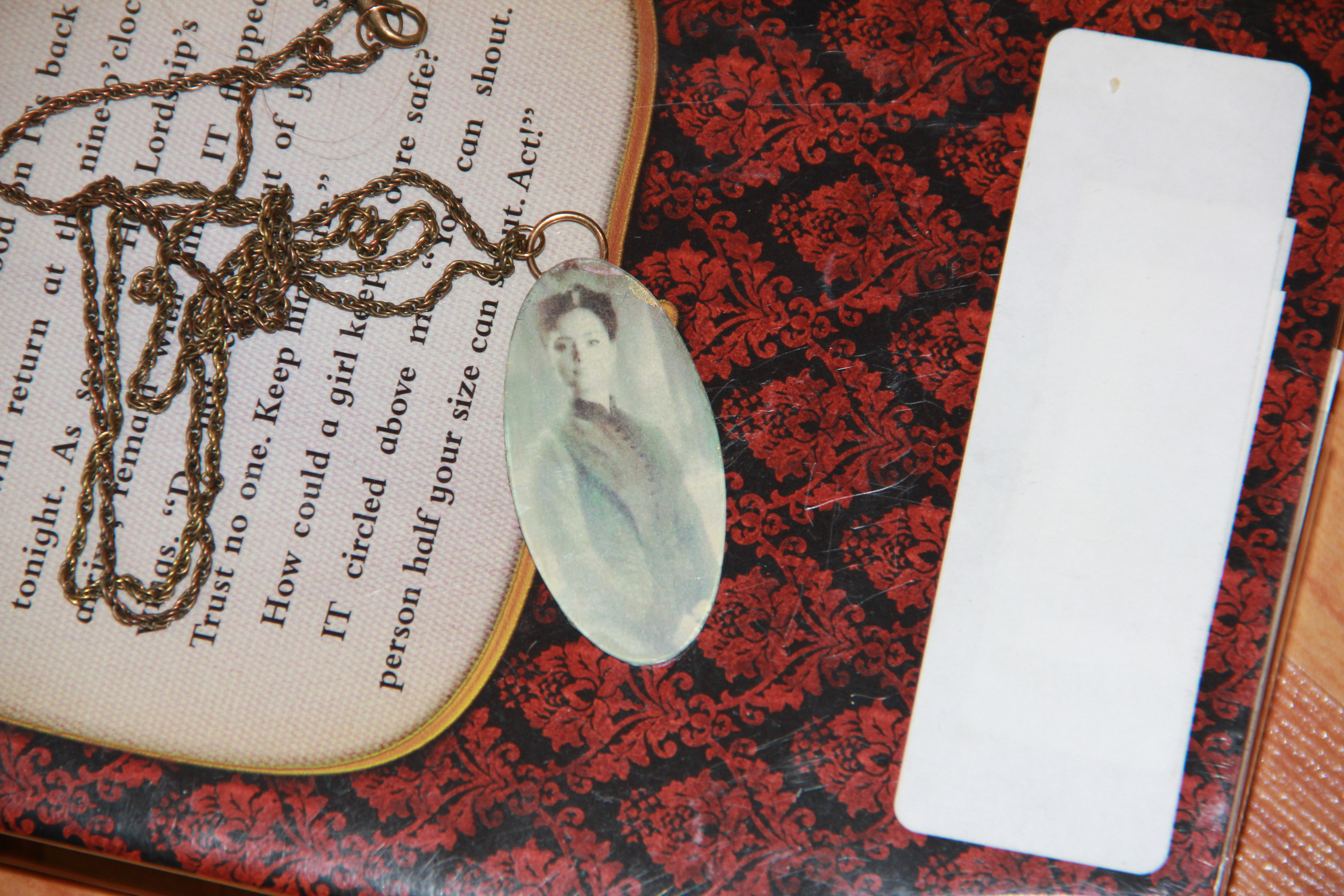 Picture of Easy Glass Picture Pendant