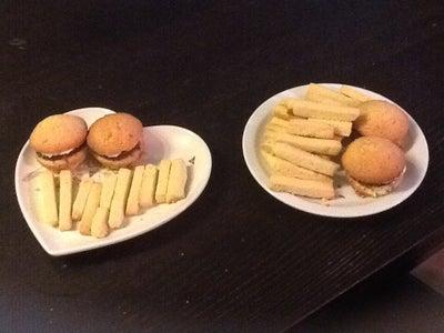 Cupcake Hamburgers and Cookie Fries