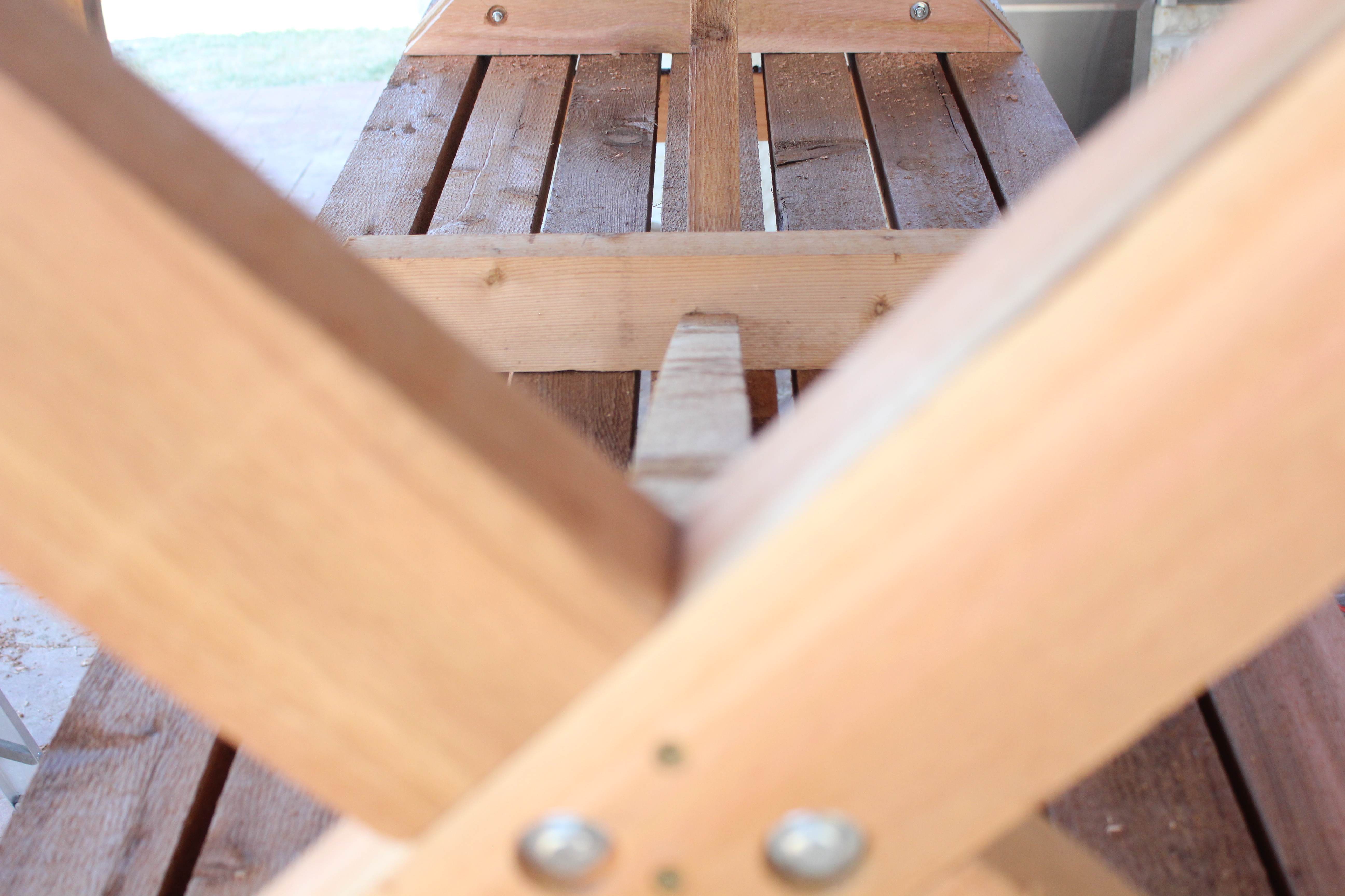 Picture of Insert Braces and Center Beam