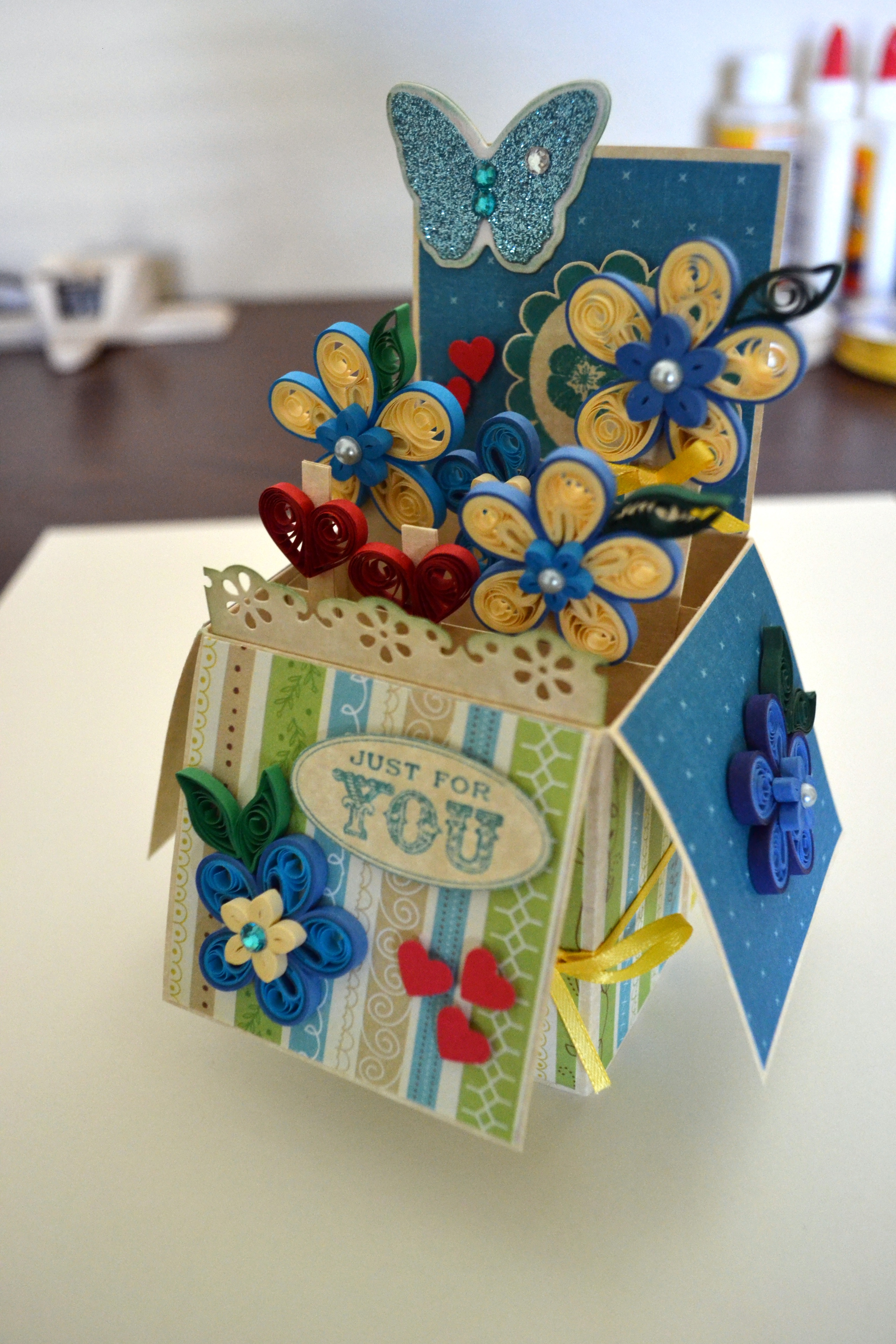 Picture of Quilling Pop Up Card