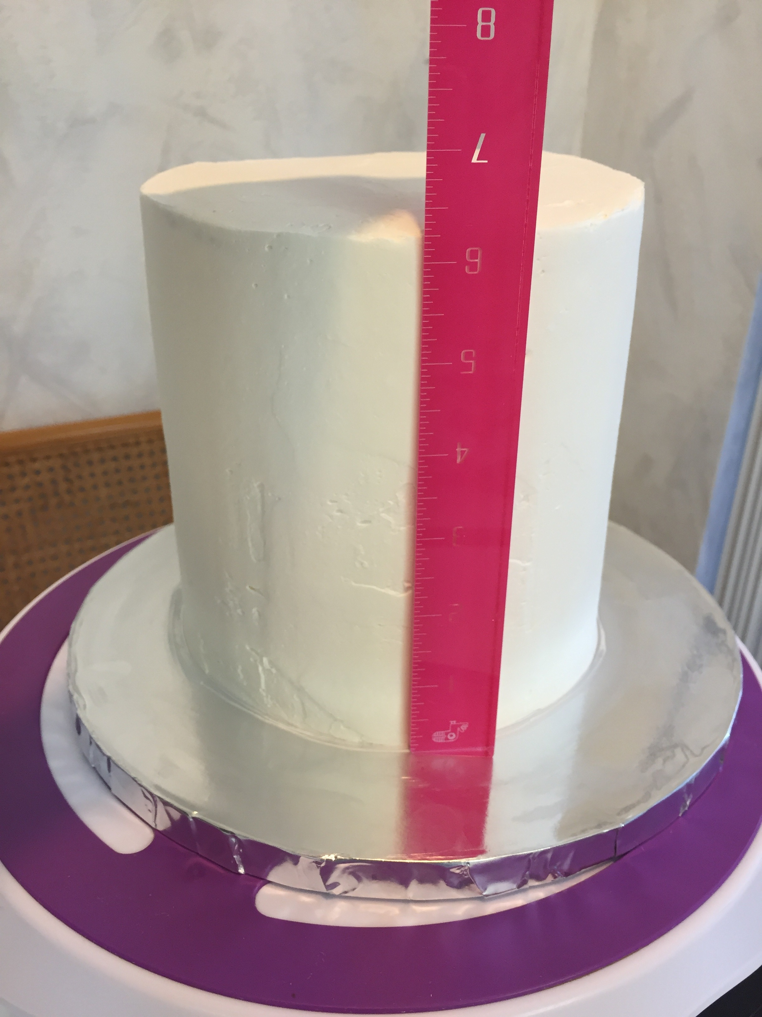 Picture of Cover Your Cake in Black Fondant
