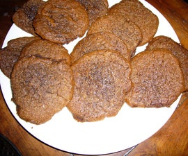 'Antique' Holiday Molasses Cookies