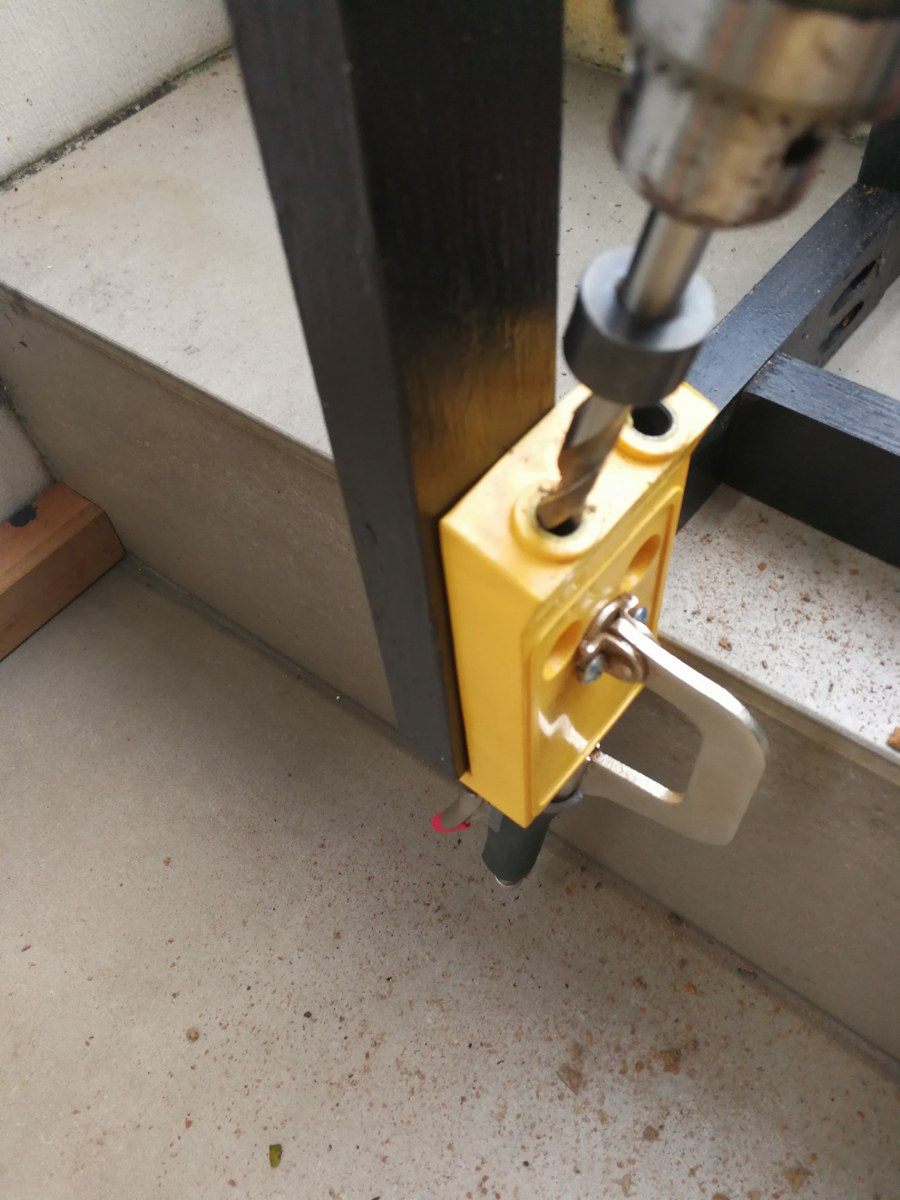 Picture of Drill the Pocket Holes