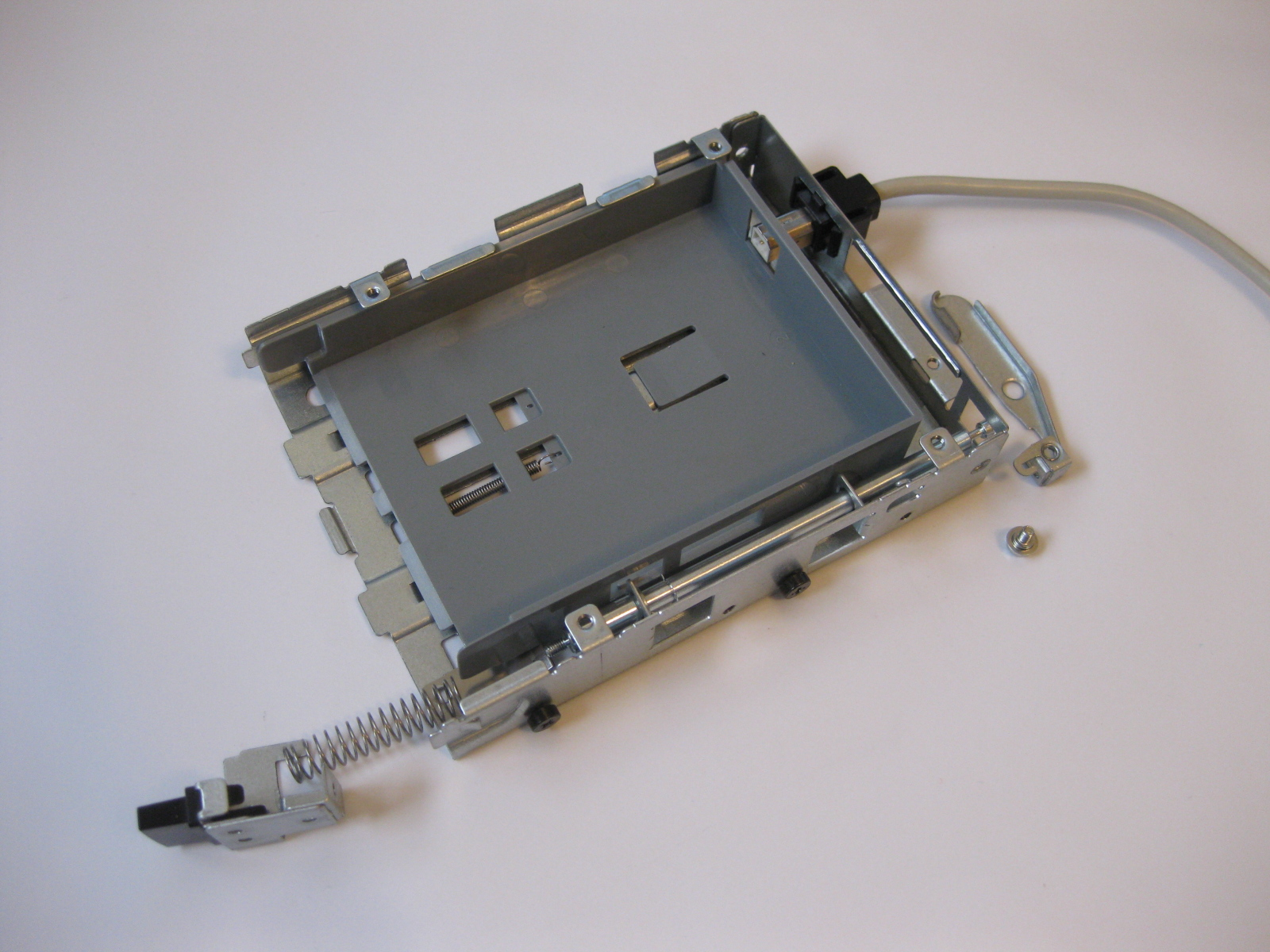 Picture of Disassemble Drive Bay