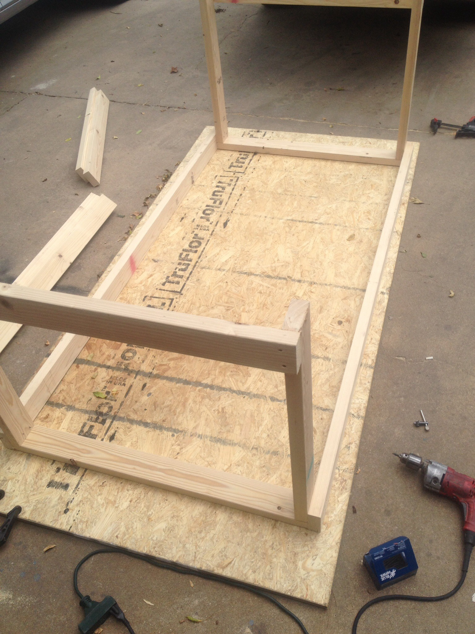 Picture of Frame Assembly (2/4) - Completing the Box