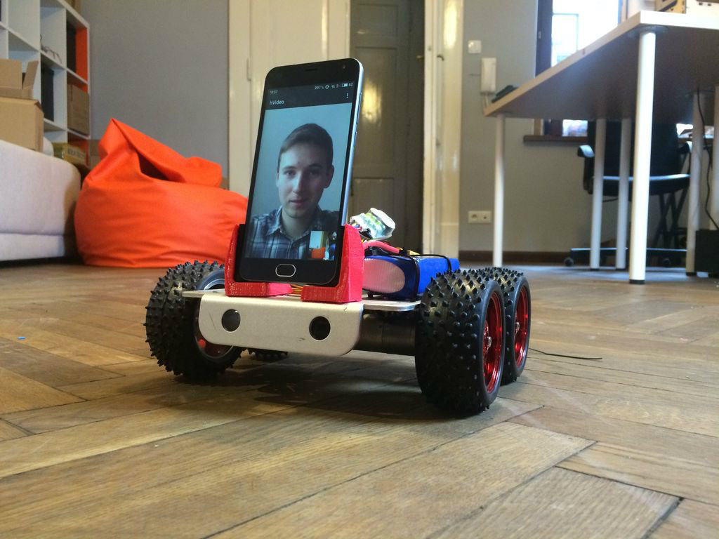 Picture of SpyBot - Internet-controlled Robot With Videostreaming