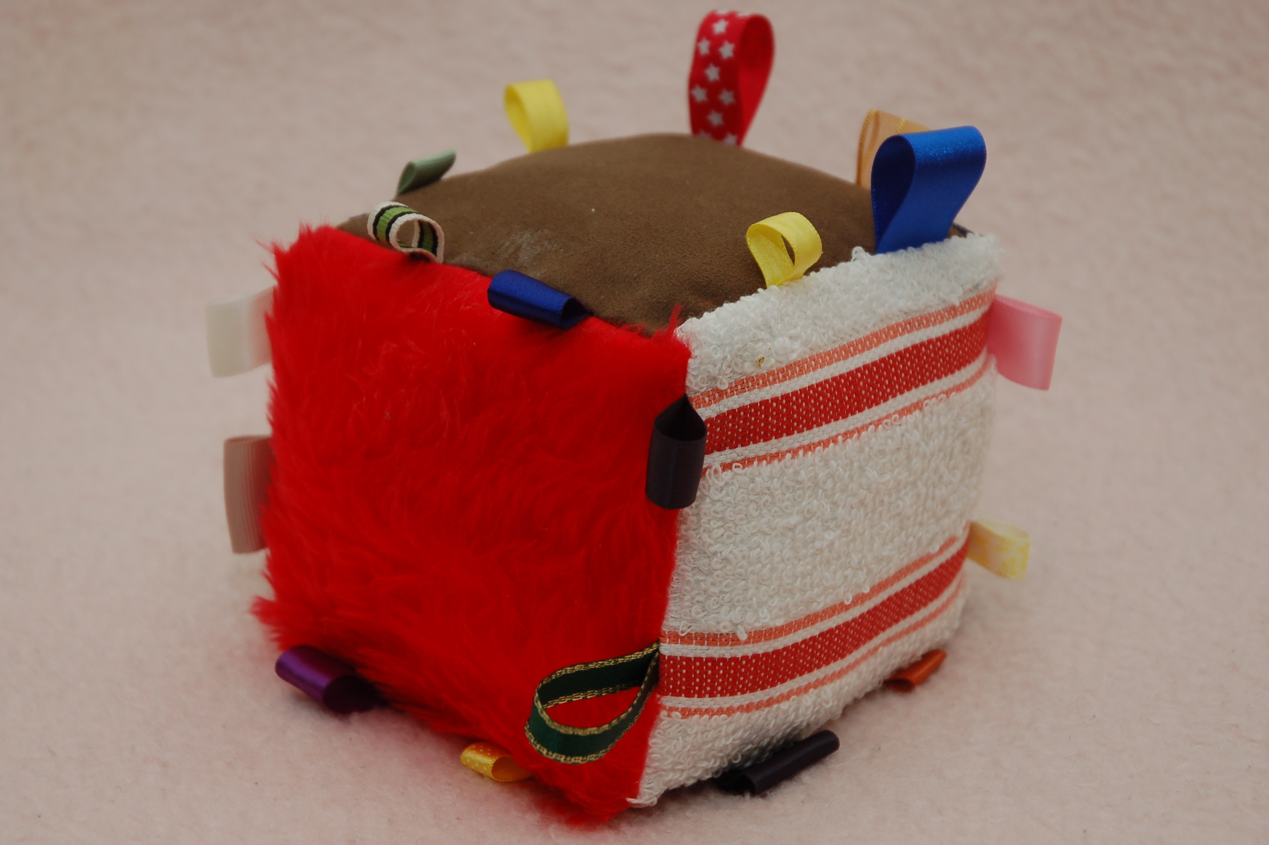 Picture of Texture Cube Taggie for Baby