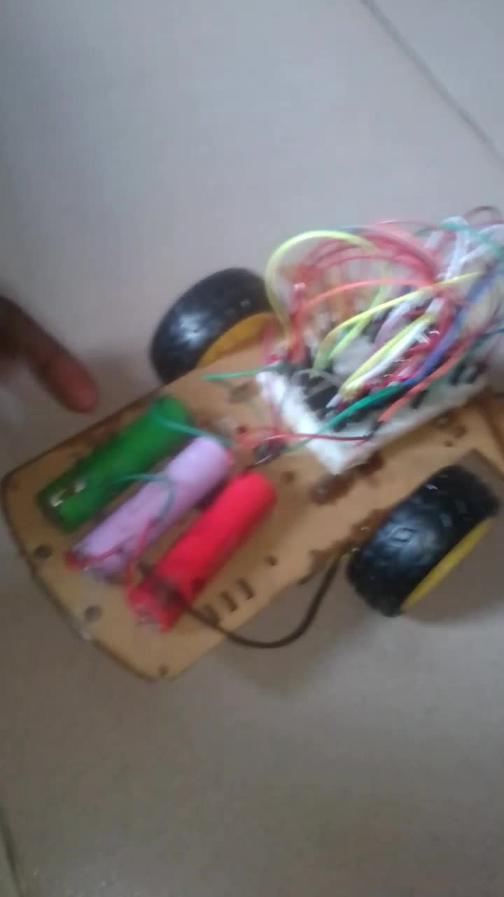 Picture of HOW TO MAKE AN INFRARED CONTROLLED CAR WITH ARDUINO