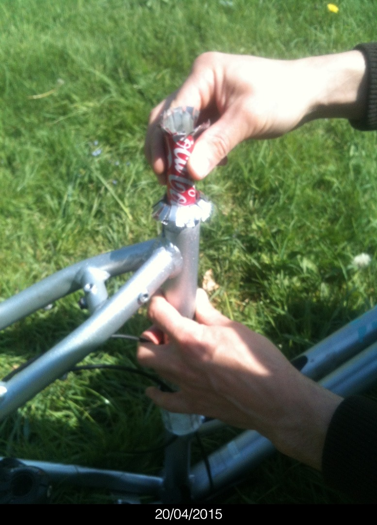 Picture of Seat Post Adaptor Made With Soda Cans