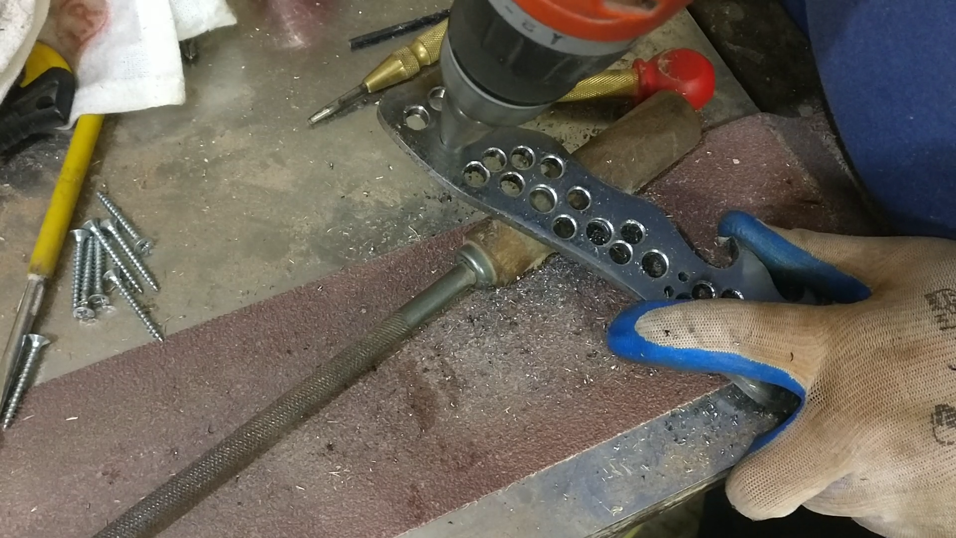 Picture of Making the Handle Shape