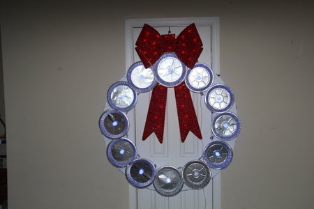 Accessorize the Wreath (Red Lighted Tinsel Bow)