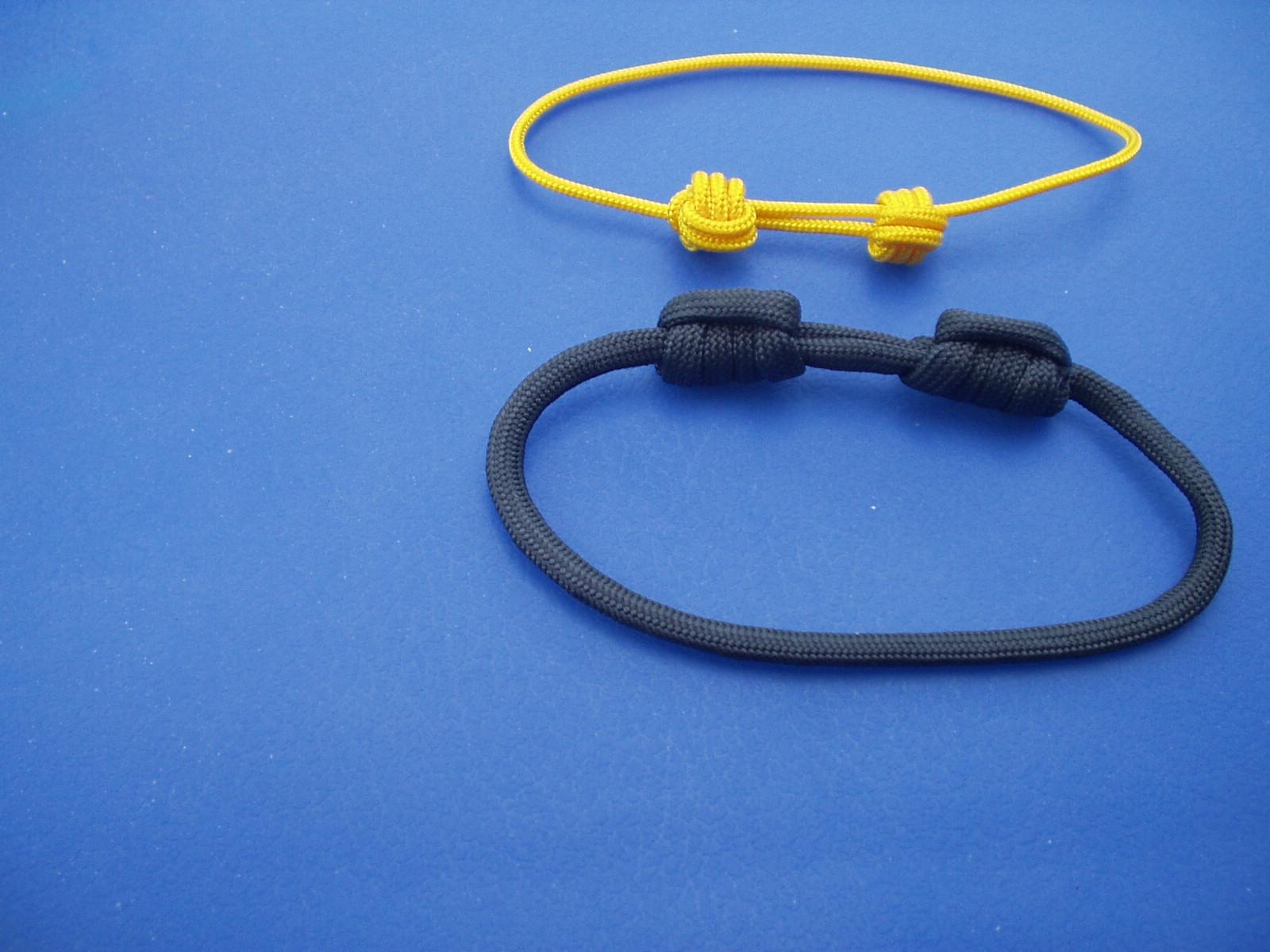 Picture of Sliding Knots Bracelet