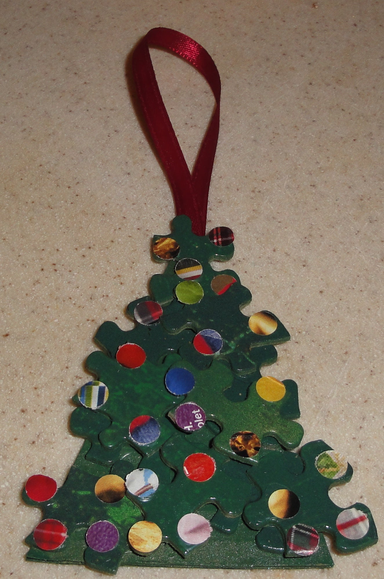 How to Create a Fun and Easy Christmas Tree Ornament From ...