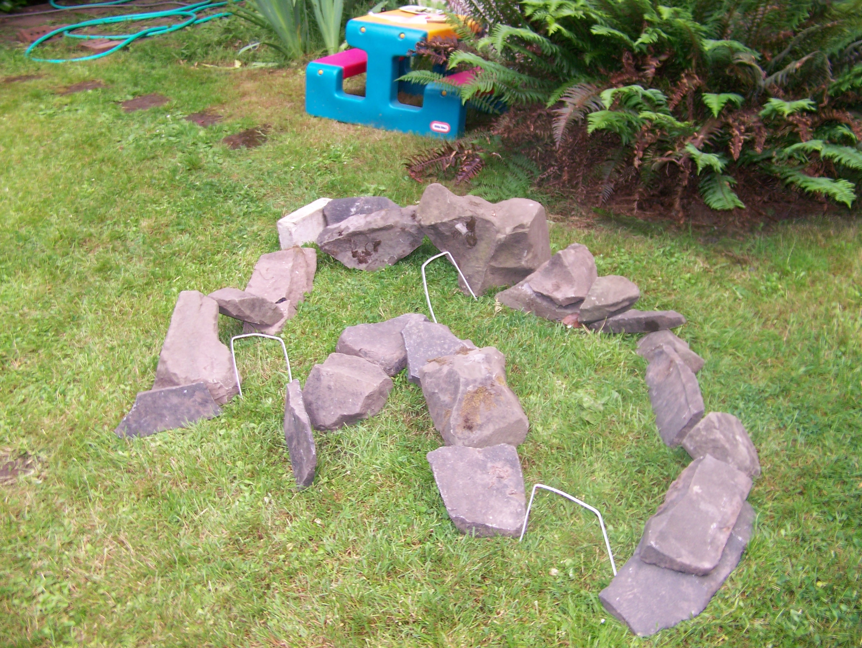 Picture of Example Course Part 5:  Stone Hemicircle