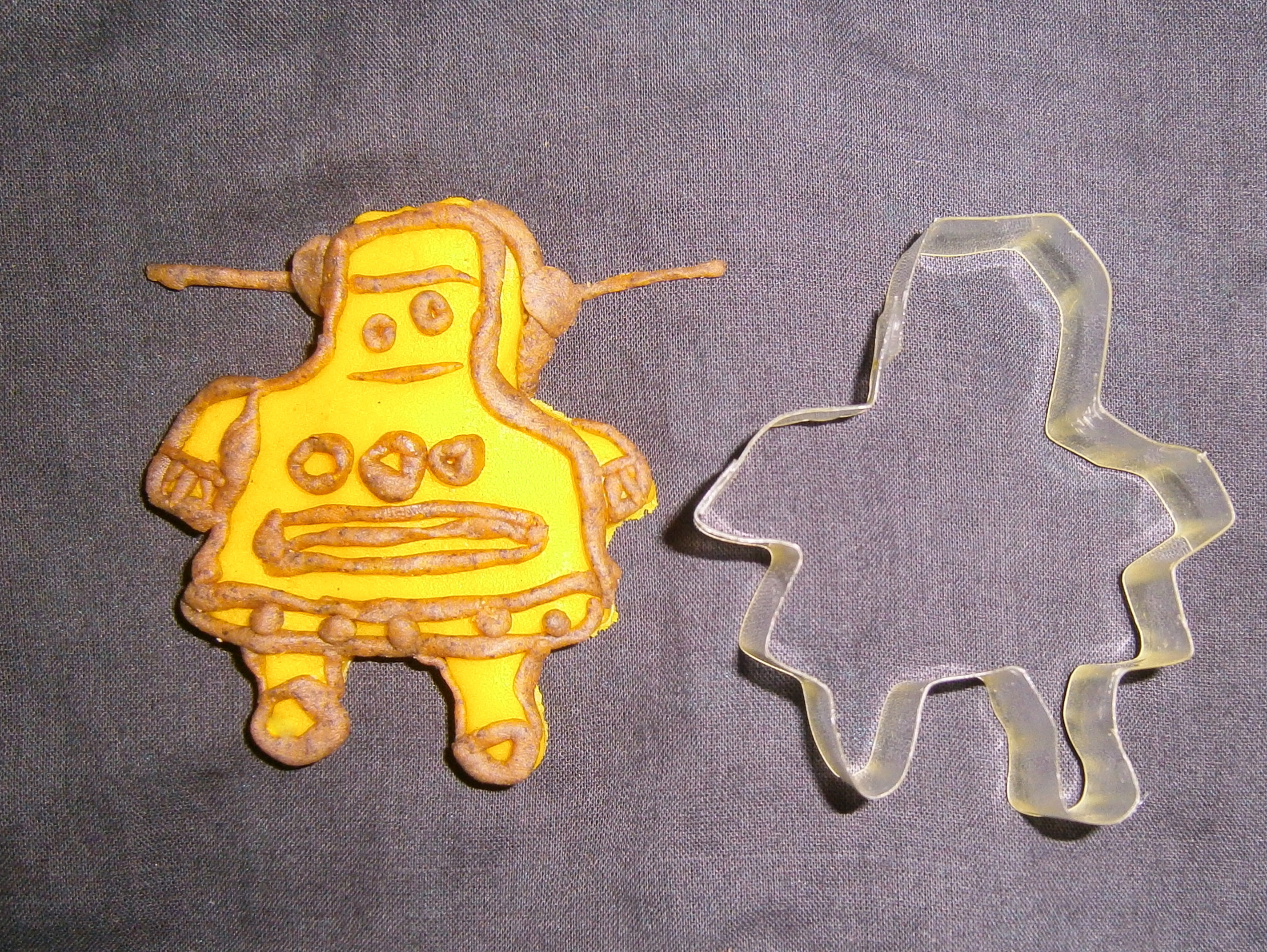 Picture of DIY Cookie Cutter for an Instructables Robot