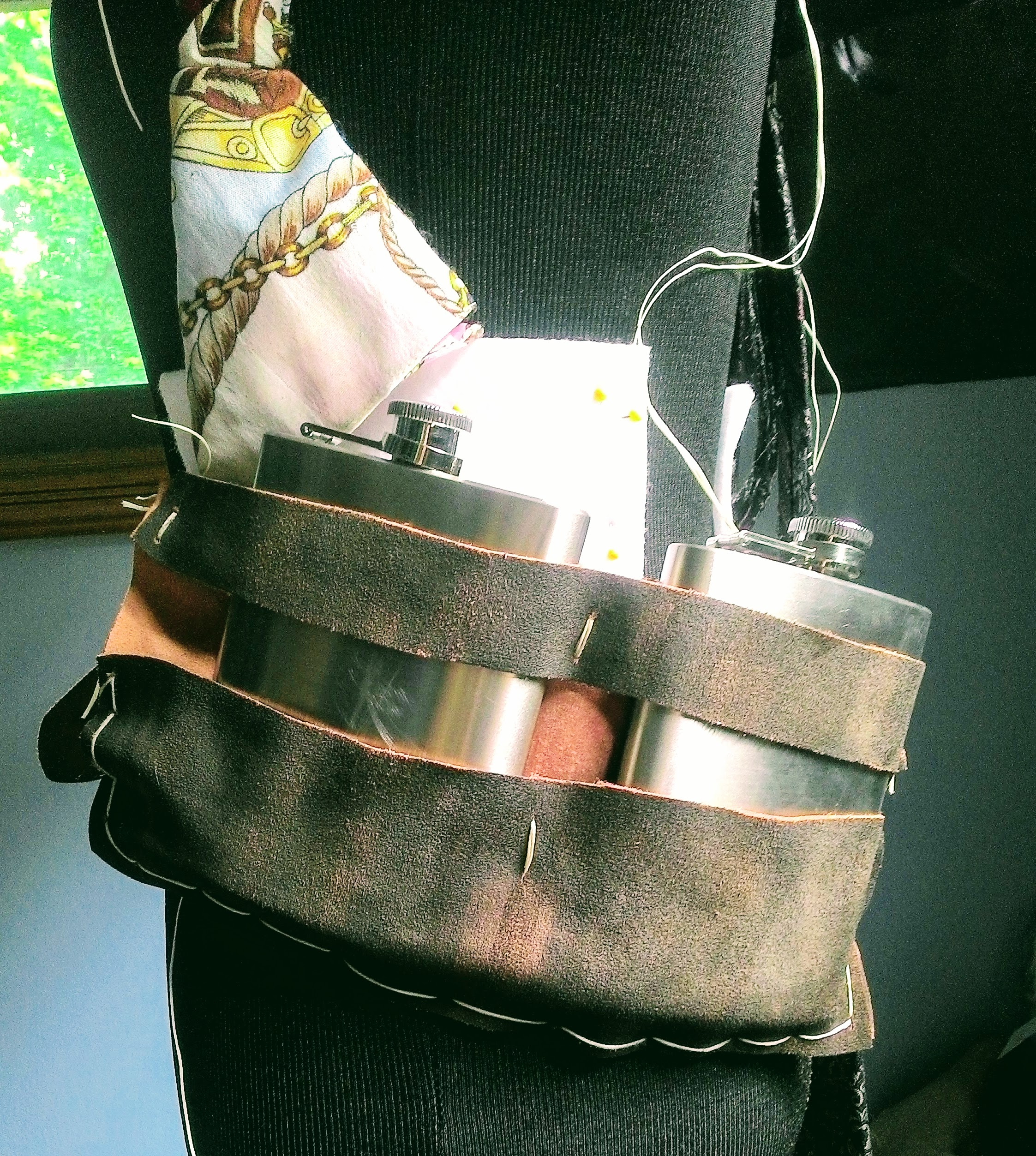 Picture of Easy Leather Flask Holder