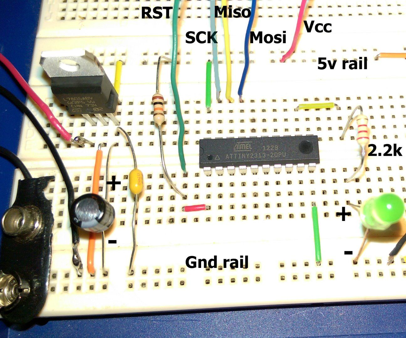 Atmel Startup 2 Microcontroller Circuits And Fuses 6 Steps Resistors Colour Code Tutorial Resistance Color Coding