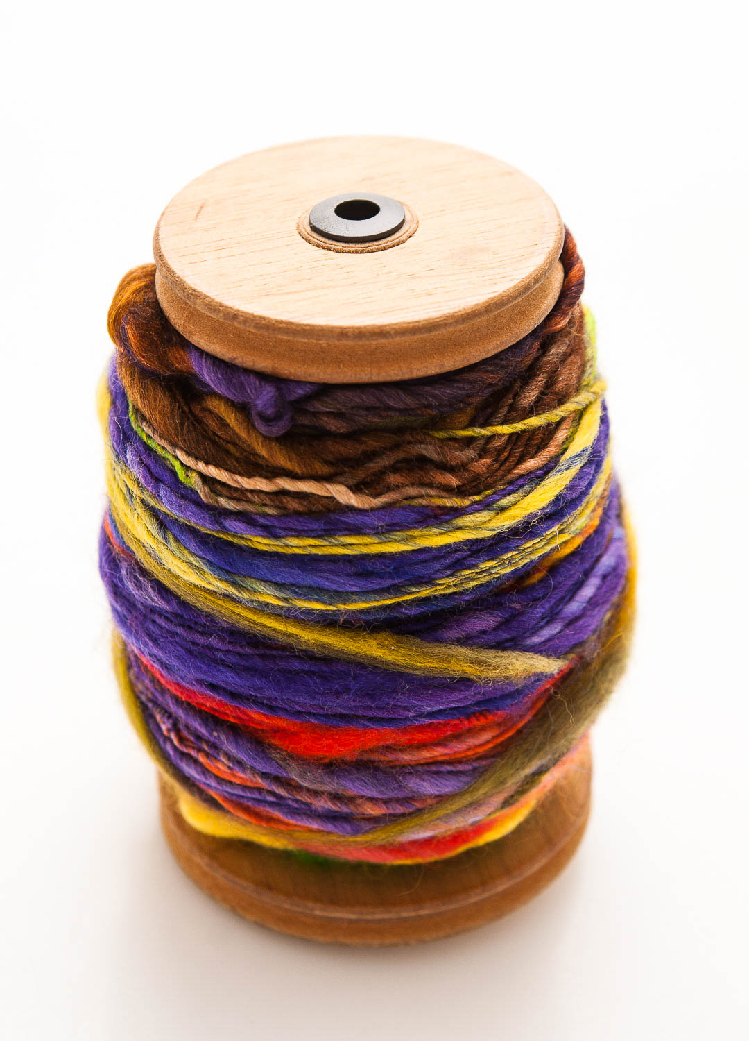 Picture of Hand Painting Wool Tops to Spin Colourful Yarns
