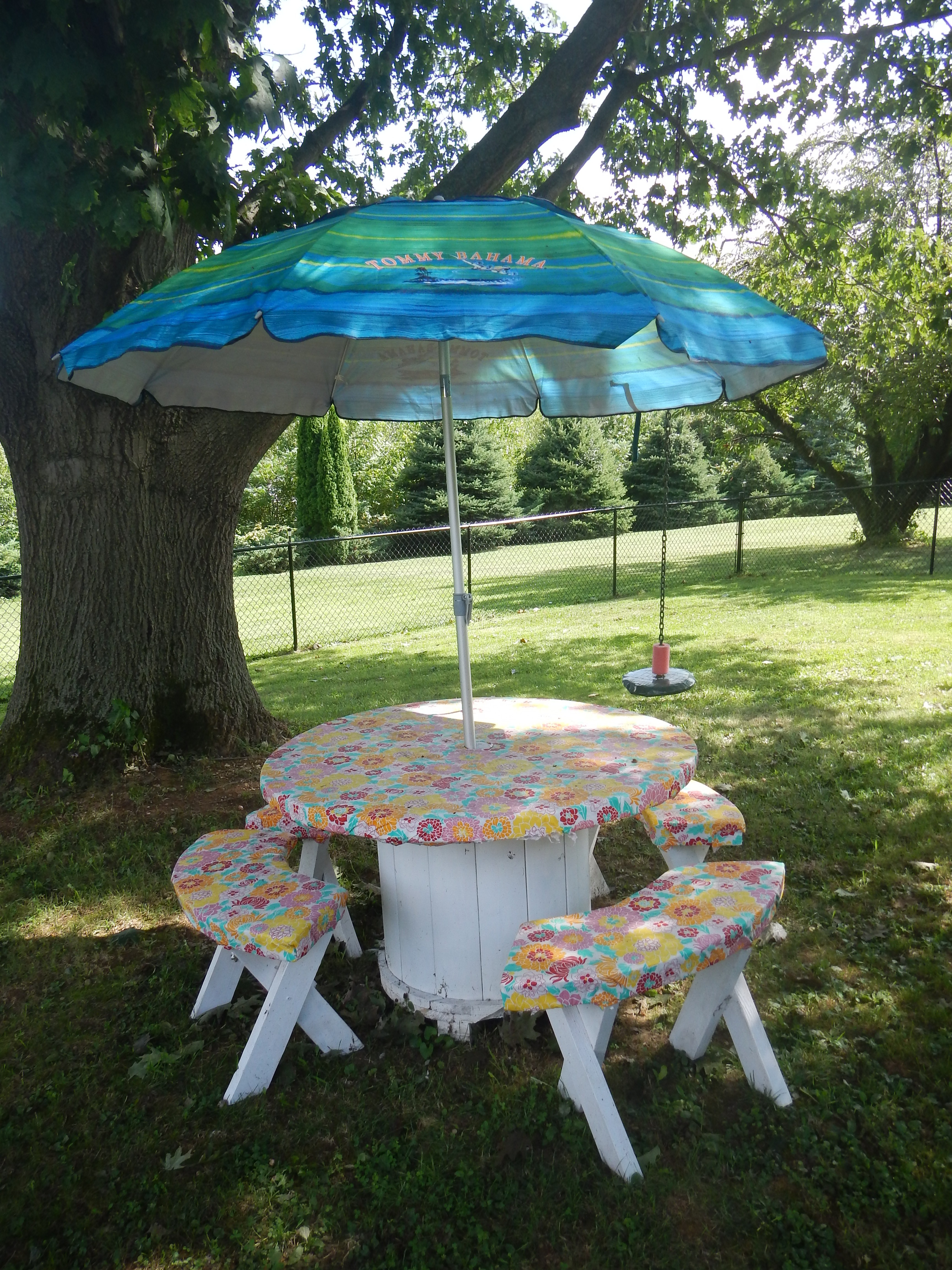 Picture of Reclaimed Cable Spool Into Cheap Picnic Table
