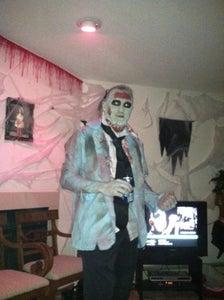 Zombies 2012!