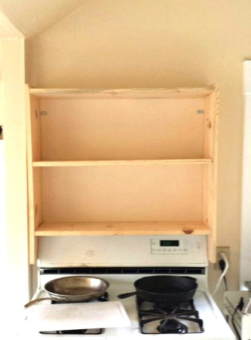 Picture of Position Shelf Above Stove