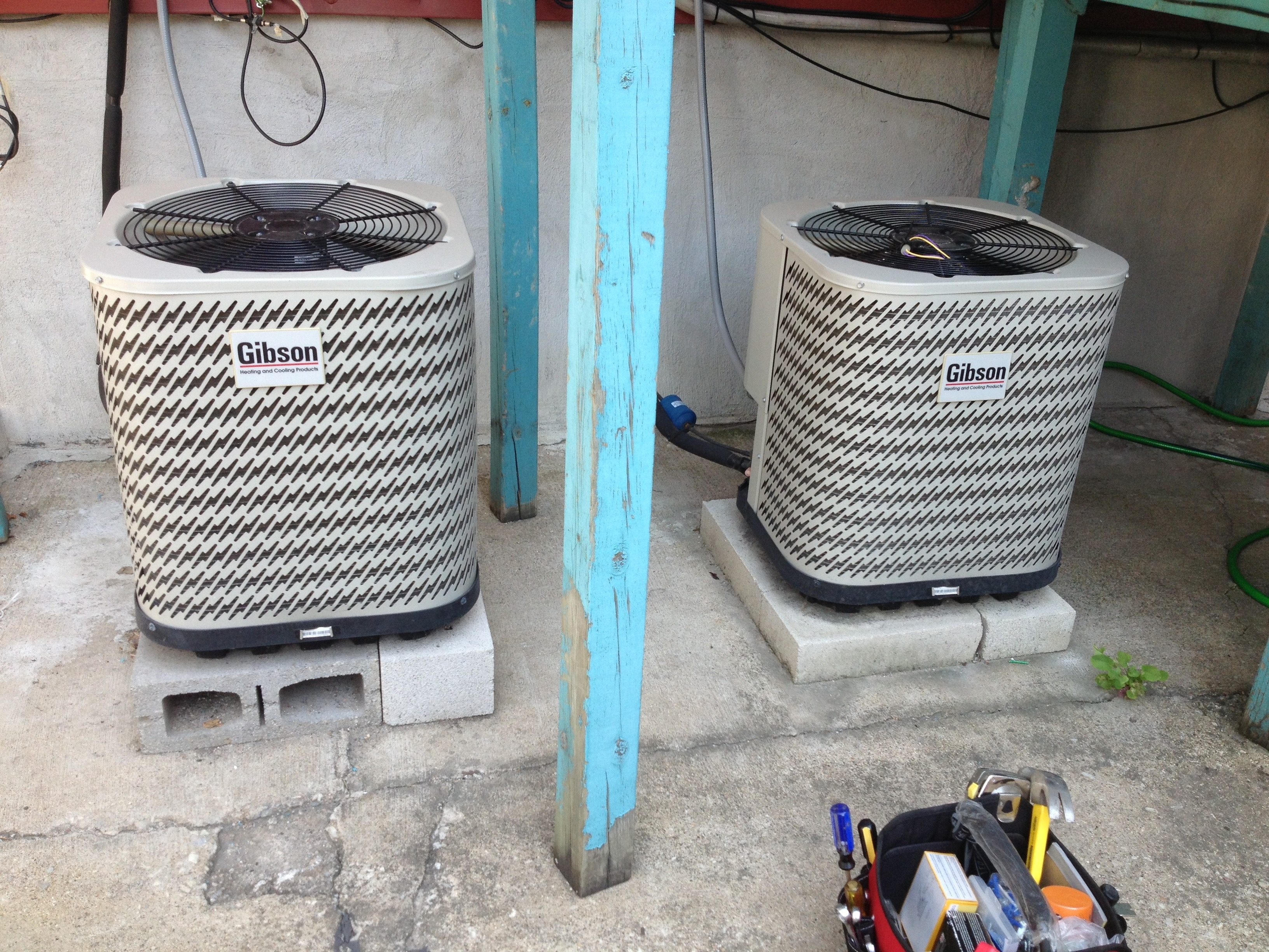 Change Ac Condenser Fan Motor: 4 Steps on