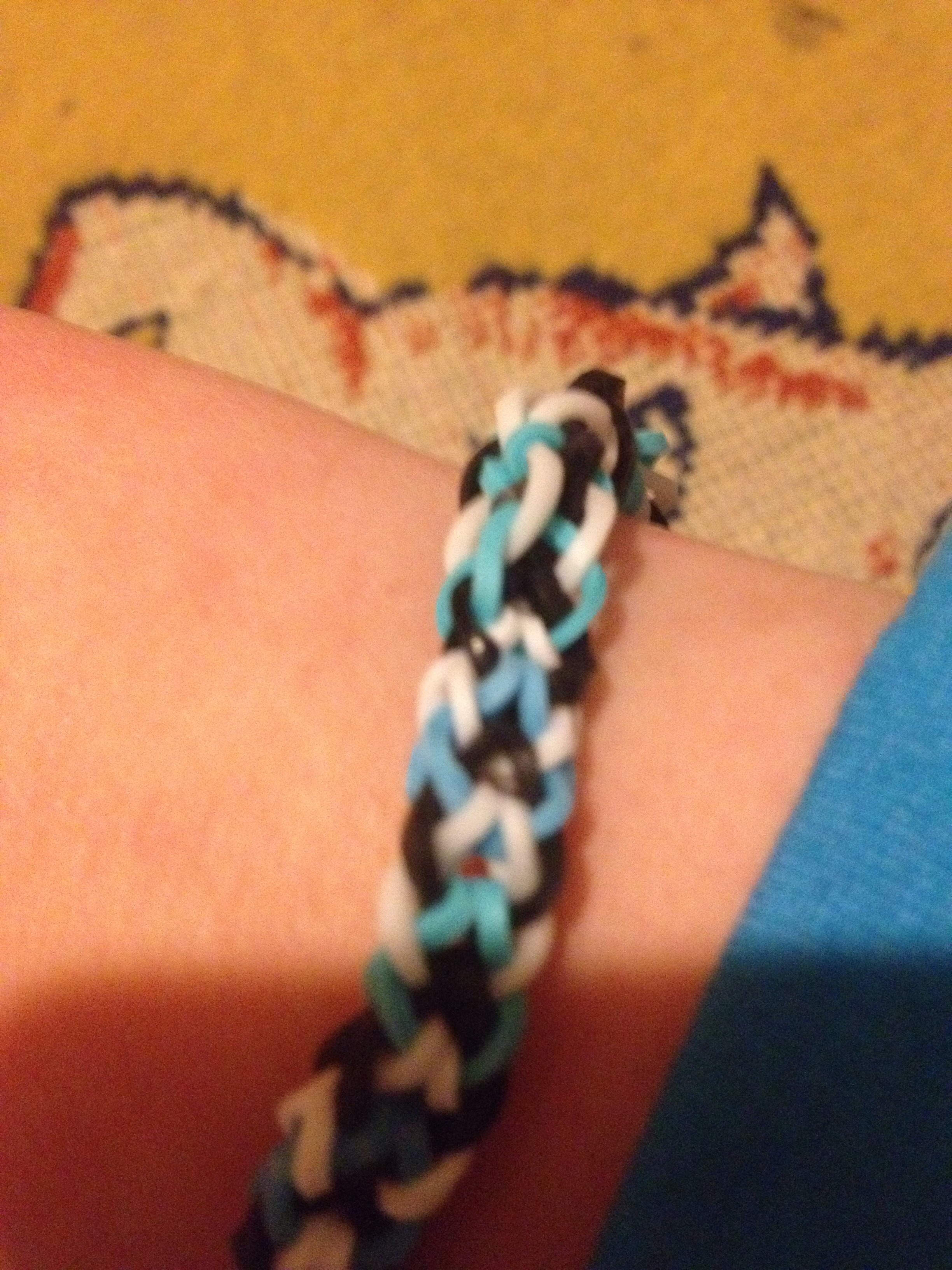 Picture of Make a Rainbow Loom Inverted Fishtail