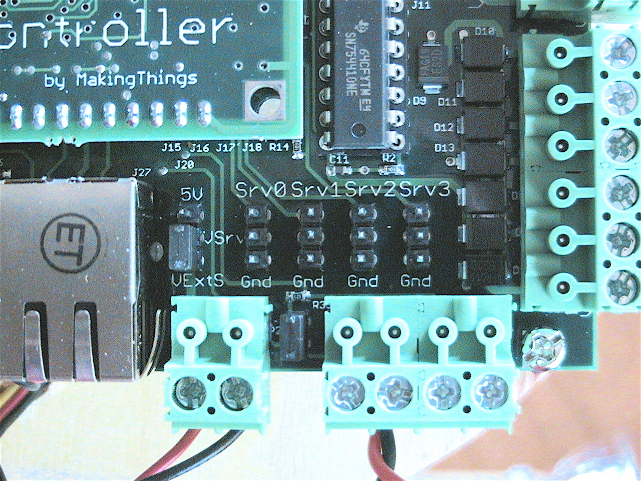 Picture of Setting Up the Controller/ Connecting Sensors and Servos